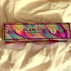 GLAMGLOW Gentlebubble Daily Conditioning Cleanser